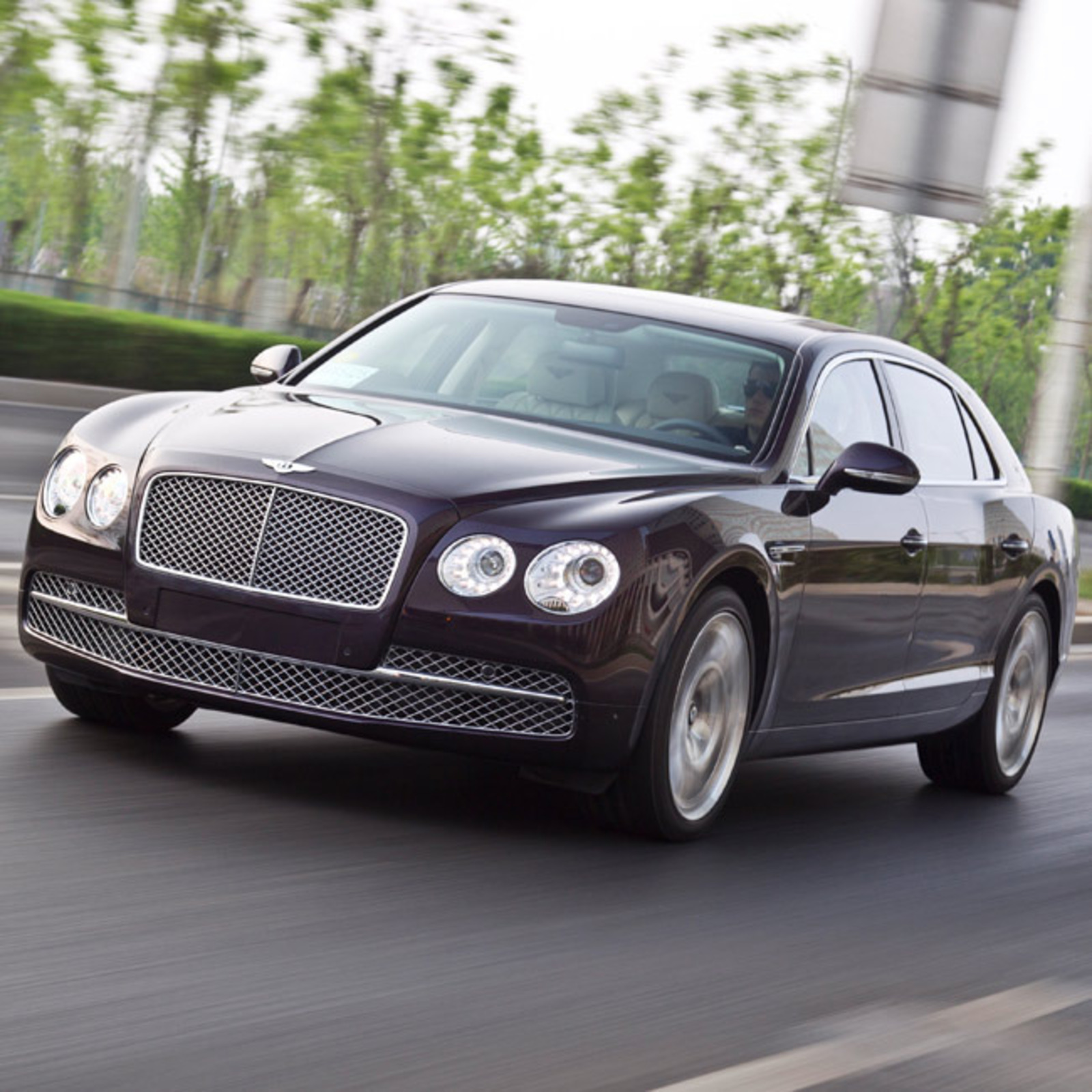 Bentley 2014: Test Drive: 2014 Bentley Flying Spur