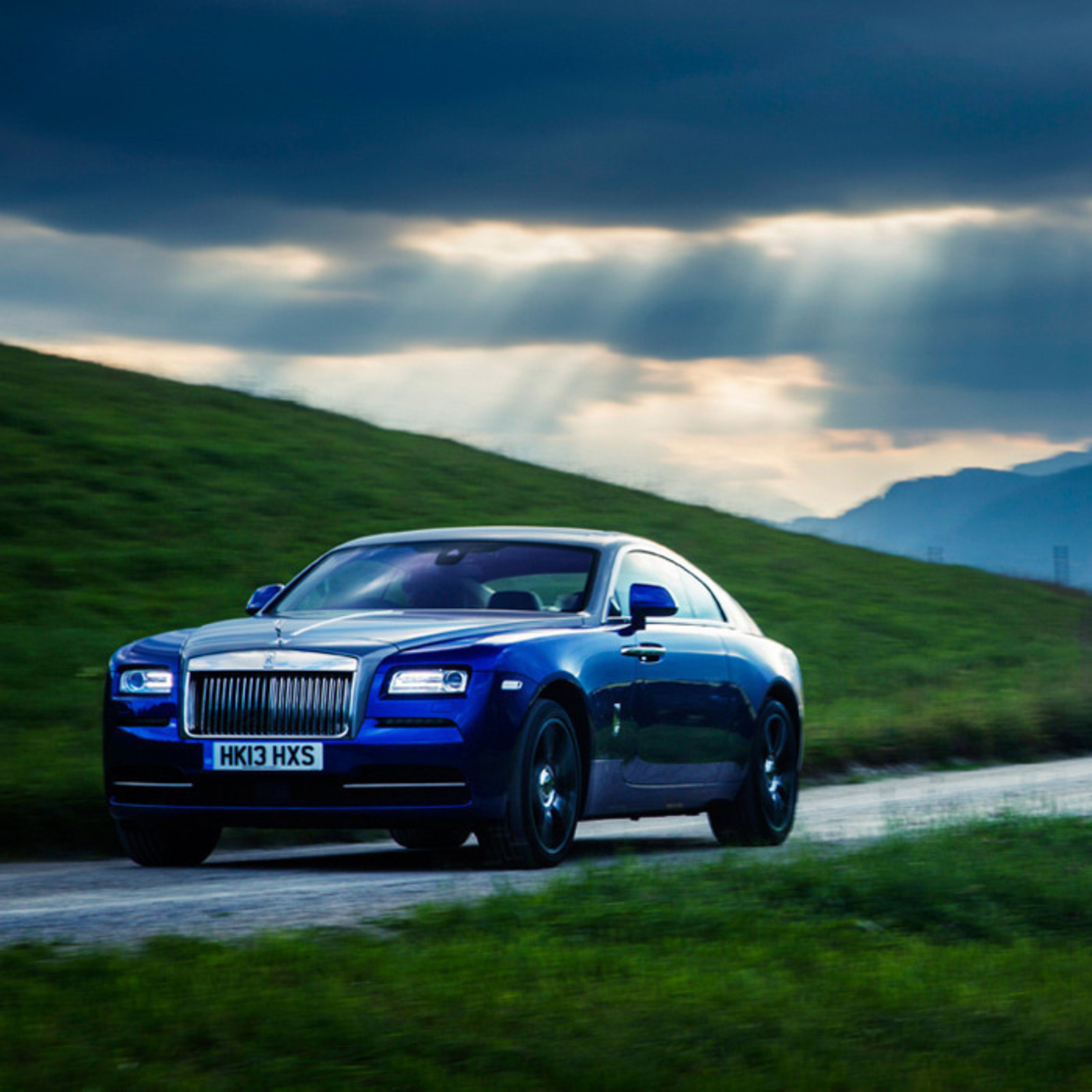 Test Drive Rolls Royce Wraith Cool Hunting