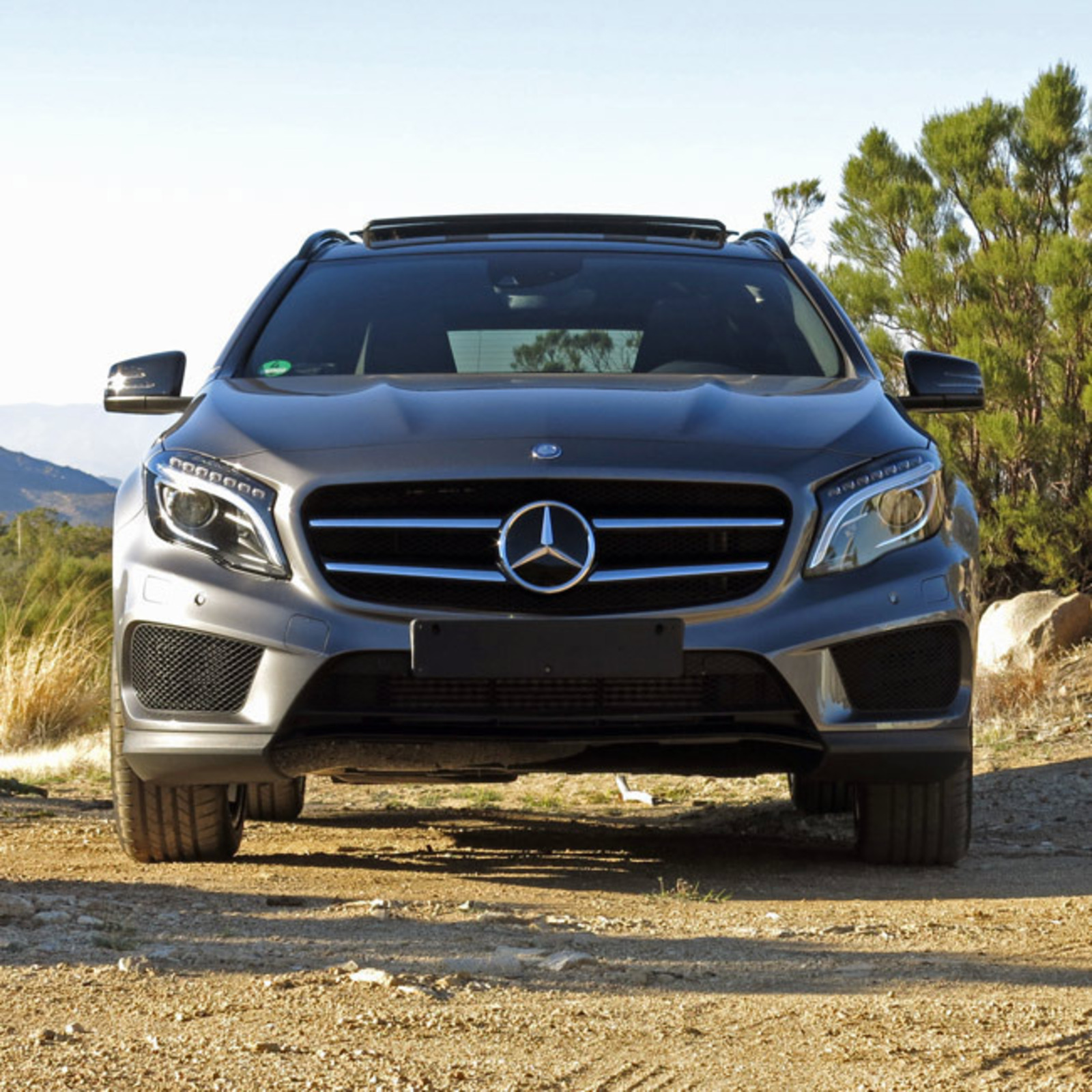 test drive 2015 mercedes benz gla cool hunting. Black Bedroom Furniture Sets. Home Design Ideas