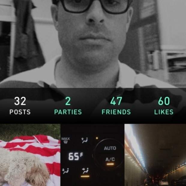GIF-Making PHHHOTO Comes to iPhone: The motion-capturing photo booth gets even more social