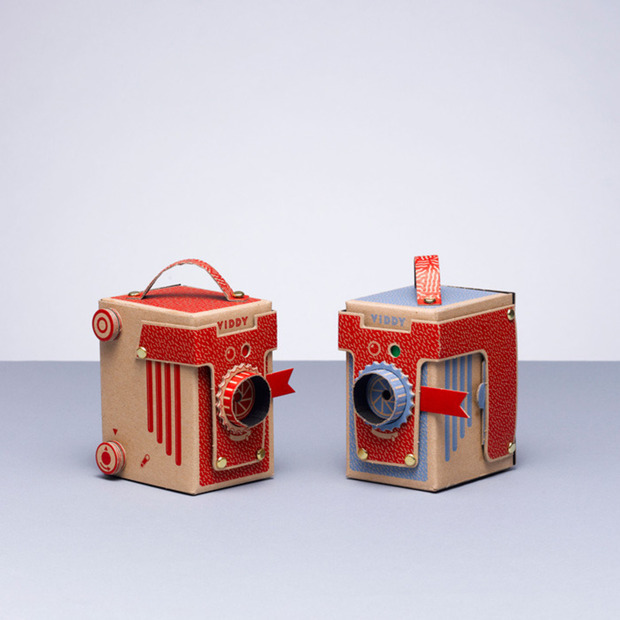 Build Your Own VIDDY Pinhole Camera: A DIY set for building a charming 35mm and medium format machine