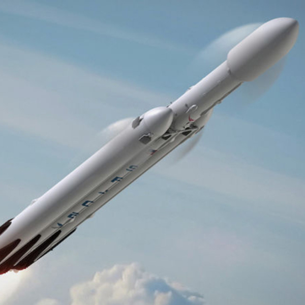 SpaceX is Taking Regular Passengers to The Moon Soon