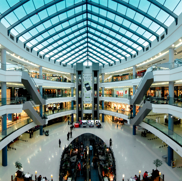 Retails Brick-and-Mortar Reasoning in the Age of Amazon