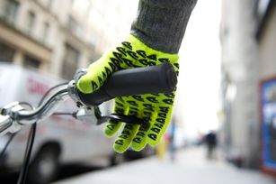 defeet-gloves1.jpg