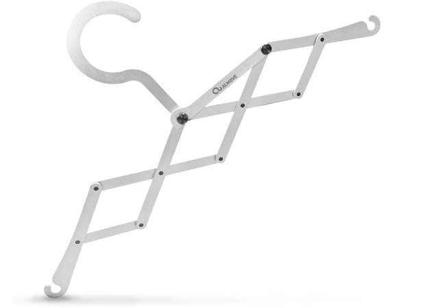Almove-pliable-coat-hanger.jpg