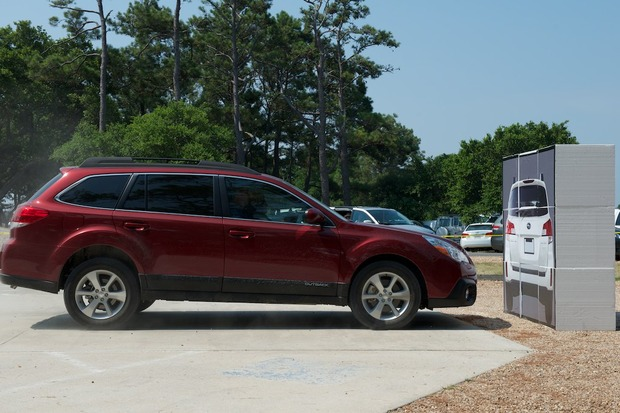 2013-Subaru-Outback-EyeSight-1.jpeg