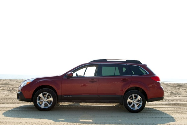 2013-Subaru-Outback-EyeSight-3.jpeg