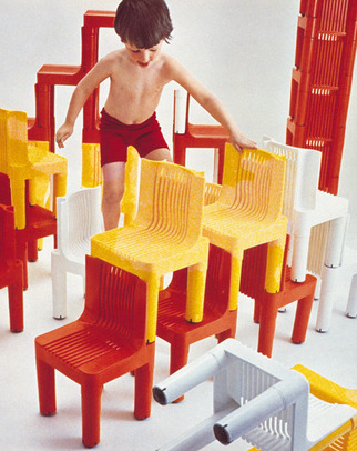 Kartell-plastics-book-4.jpg