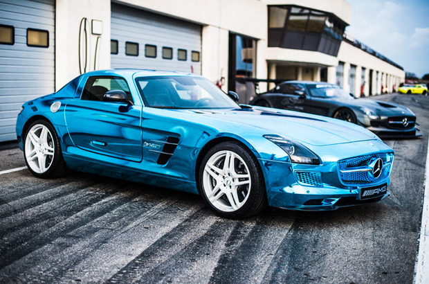 Mercedes-Gullwing-SLS-Electric-3.jpg