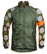 Rapha-Raeburn-Wind-Jacket-green.jpg
