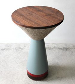 Zoe-Mowat_Pedestal-Table1.jpg