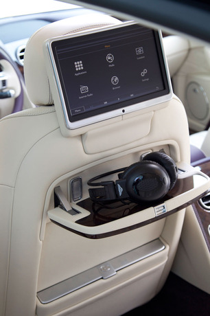 road-test-bentley-flying-spur-3b-tech-seat.jpg