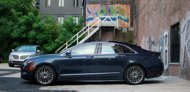 2013-lincoln-mkz-profile.jpg