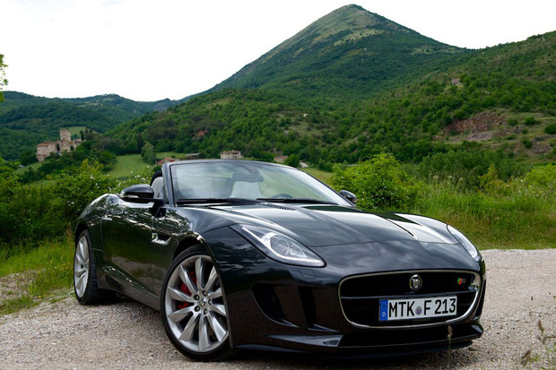 Jaguar F Type 2
