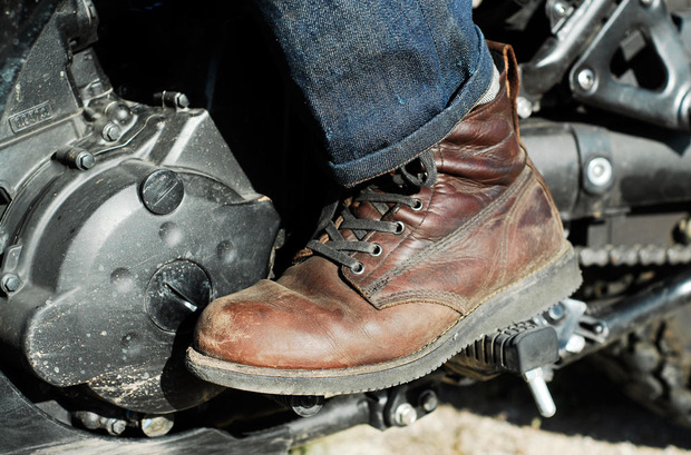 Ride-America-Broken-Homme-Boot.jpg