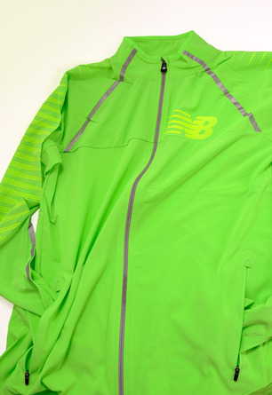 new-balance-hi-viz-collection-1400-beacon-jacket-2A.jpg