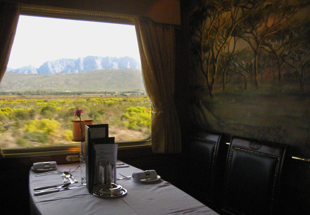 blue-train-south-africa-dining.jpg