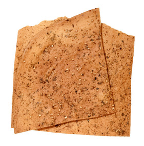 lavash-crackers-CH-mouth.jpg