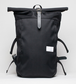 Nanamica-Cycling-backpack-front.jpg
