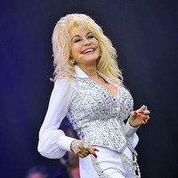 dolly-parton-glasto-lup.jpg