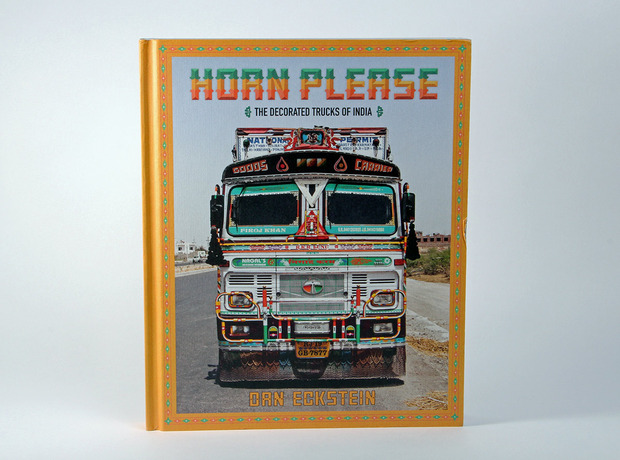 horn-please-decorated-trucks-india-1.jpg