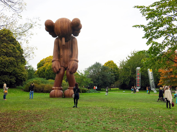 frieze-london-2014-kaws.jpg