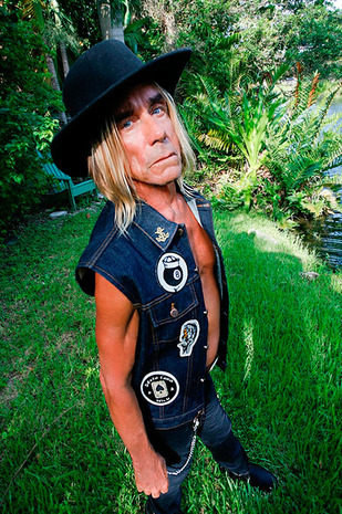 iggy-pop-flash-collection-mick-rock-3.jpg