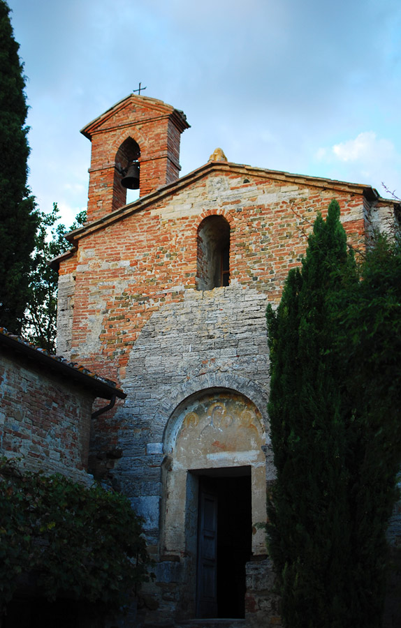 pievechurch.jpg