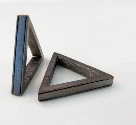 Triangle-cufflinks-1.jpg