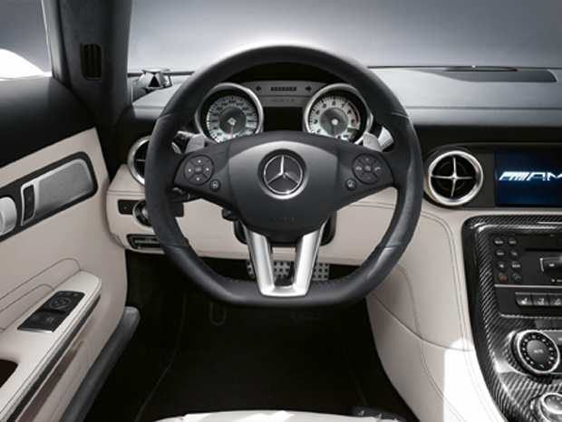 Mercedes_SLS_AMG3.jpg