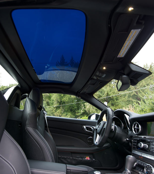 MB-SL-magic-sunroof-2.jpg