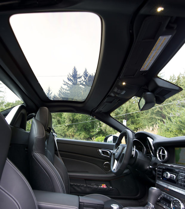 MB-SL-magic-sunroof.jpg