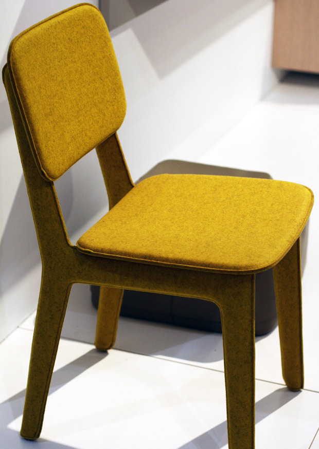 Ligne-felt-chair.jpg