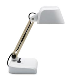 worktablelamp.jpg