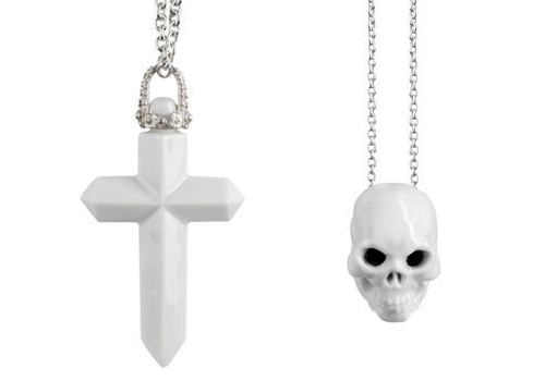 Essentials_Cross_Skull.jpg
