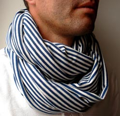 Marine-striped-scarf.jpg