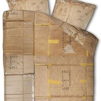 Le Clochard Cardboard Bedding